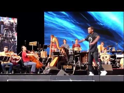 Bill Irwin introduces Charles Riley, aka Lil Buck at Summerstage, Swan Dance w/ Yo-Yo Ma