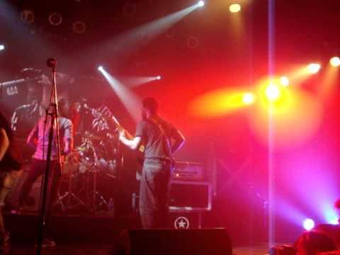 Connor Questa - Sleep Now In The Fire + Bonus 18/08/13 Roxy Live