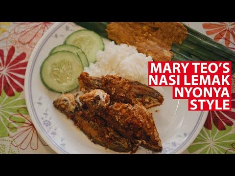 Mary Teo's Nasi Lemak Nyonya Style | Vanishing Recipes | CNA Insider