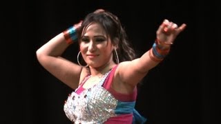 Repeat youtube video Nazli Hot Mujra Dance on CHANNO song gali gali chor hai