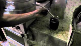 видео Как сварить сок из смородины, сливы, вишни, груш, винограда и тыквы в соковарке.