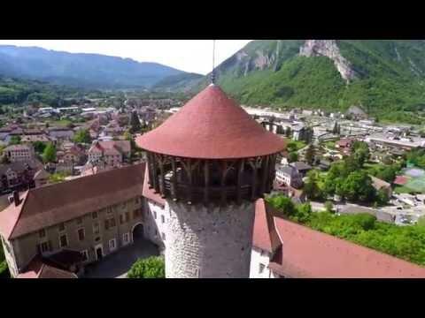 Le château de Faverges en Haute-Savoie