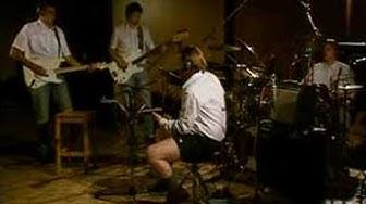 Leevi and the Leavings - Matkamuistoja - Studio live