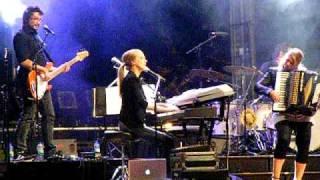 Annie Villeneuve Live- Quand Je Ferme Les Yeux