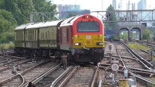 Trains at Clapham Junction 09/07/16