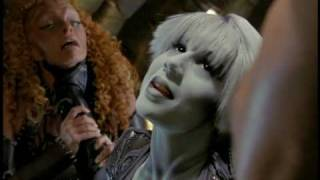 Tiny Brains - Farscape Favorite Chiana Scenes