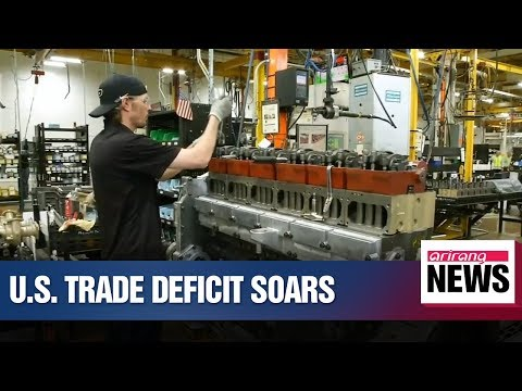 U.S. trade deficit soared to 10-year-high last year