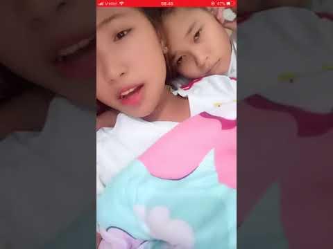( live TV ) 2 em học sinh lên gường ôm live stream ..