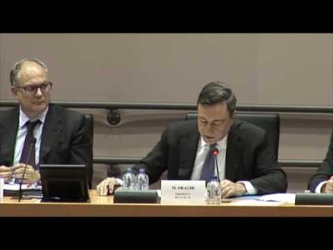 Bernard Monot (FN) interroge Mario Draghi sur les risques systématiques de marché et l'ESRB.