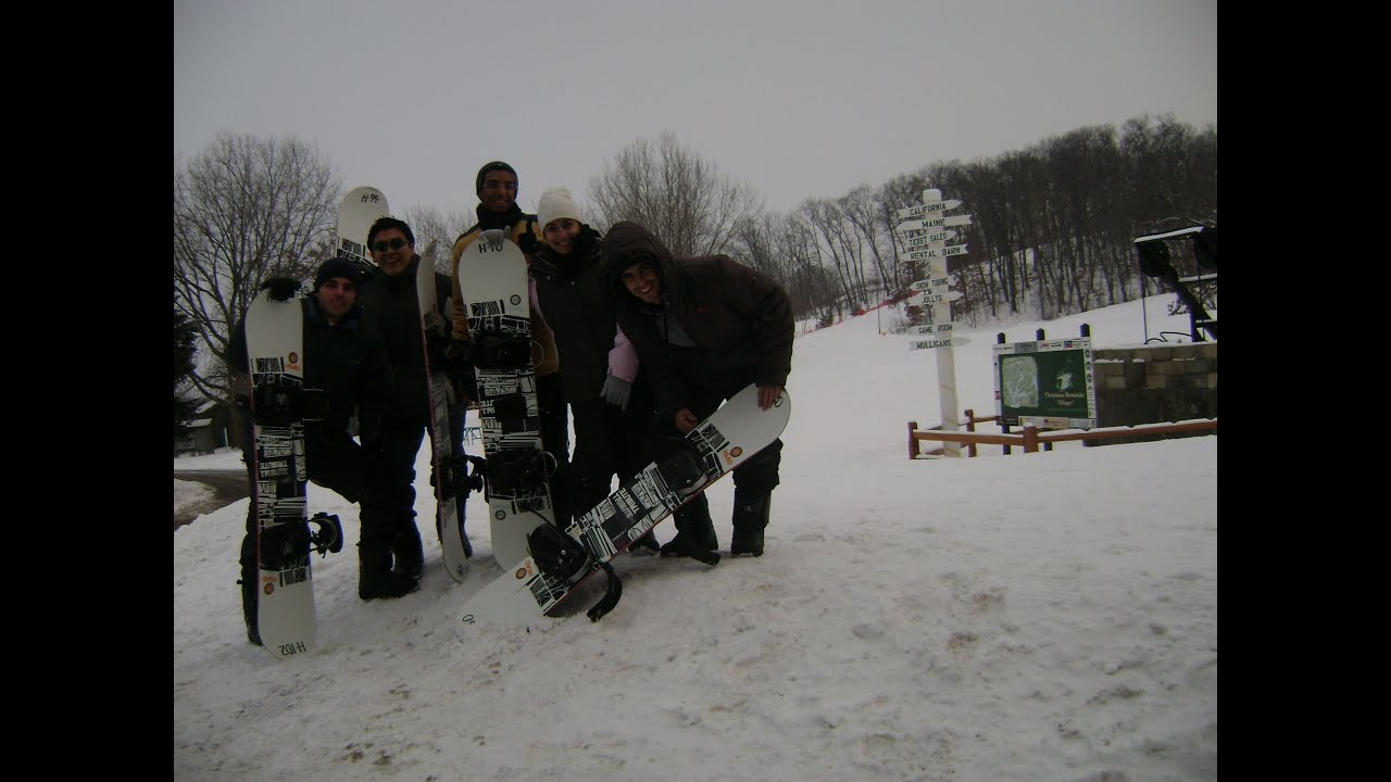 Here, skiing in CHRISTMAS MOUNTAIN VILLAGE. Ski Wisconsin Dells ...
