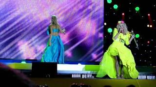 Ольга Горбачева и Ирина Билык - Я люблю.AVI