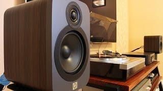 Q Acoustics Q3020 Bookshelf Speakers Sound Demo (Rock)