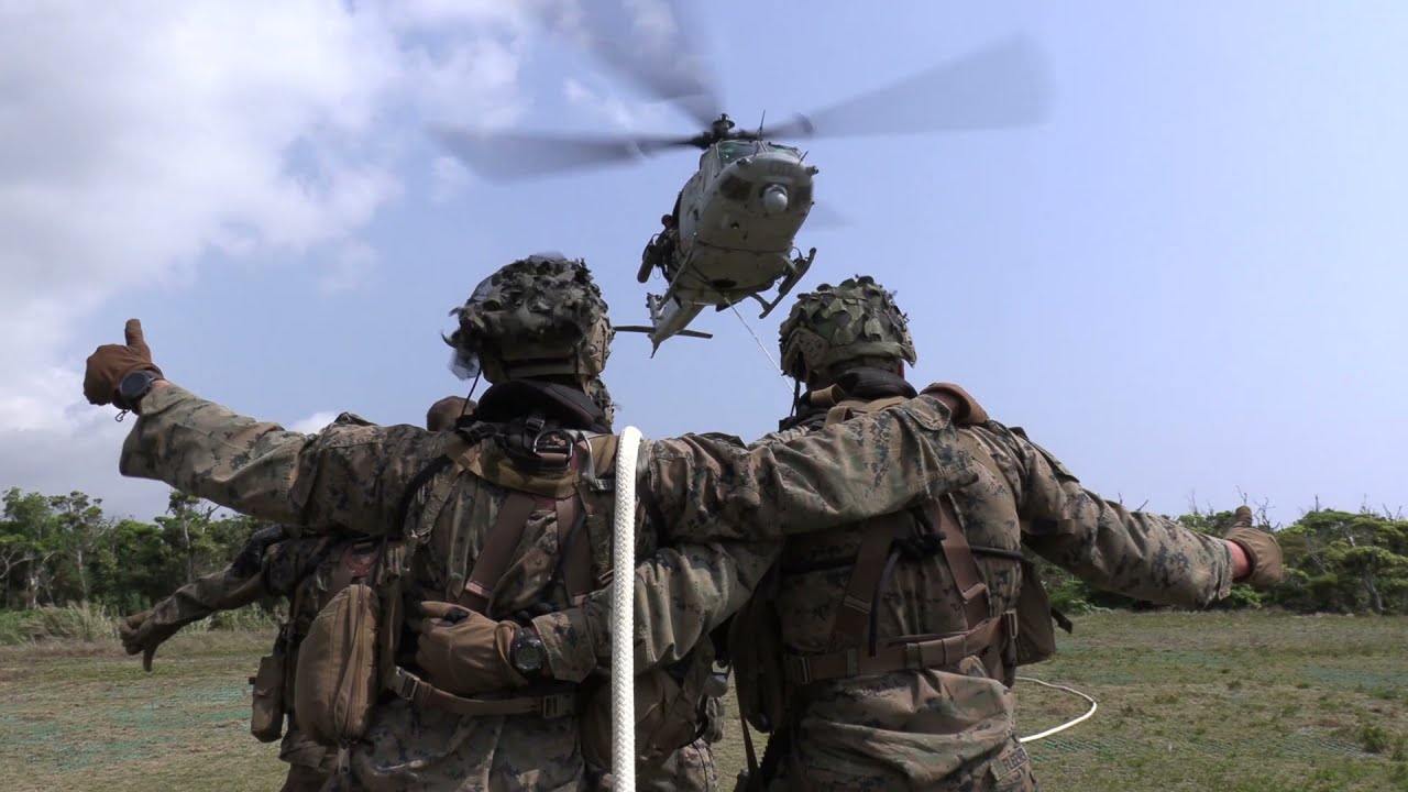 US Military – Force Recon • Insertion & Extraction Drills