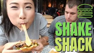 SHAKE SHACK BURGER! 🍔 🍔 New York City