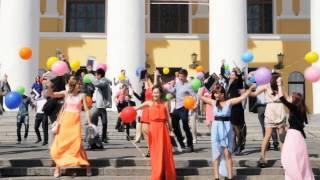 """Йошкар-Ола: клип на песню Павла Воли """"Я танцую"""""""
