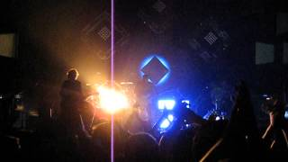 One Republic - Marchin On (Live@Wiener Stadthalle 8.4.2013) HQ