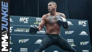 UFC 241: Anthony Pettis open workout