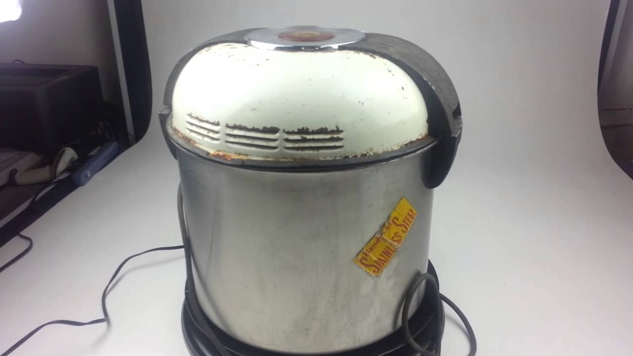 Vintage Chicago Electric Handy Hot Washing Machine   15 Inch Tall