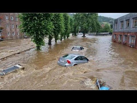 Chuva forte provoca destruição em Santa Catarina