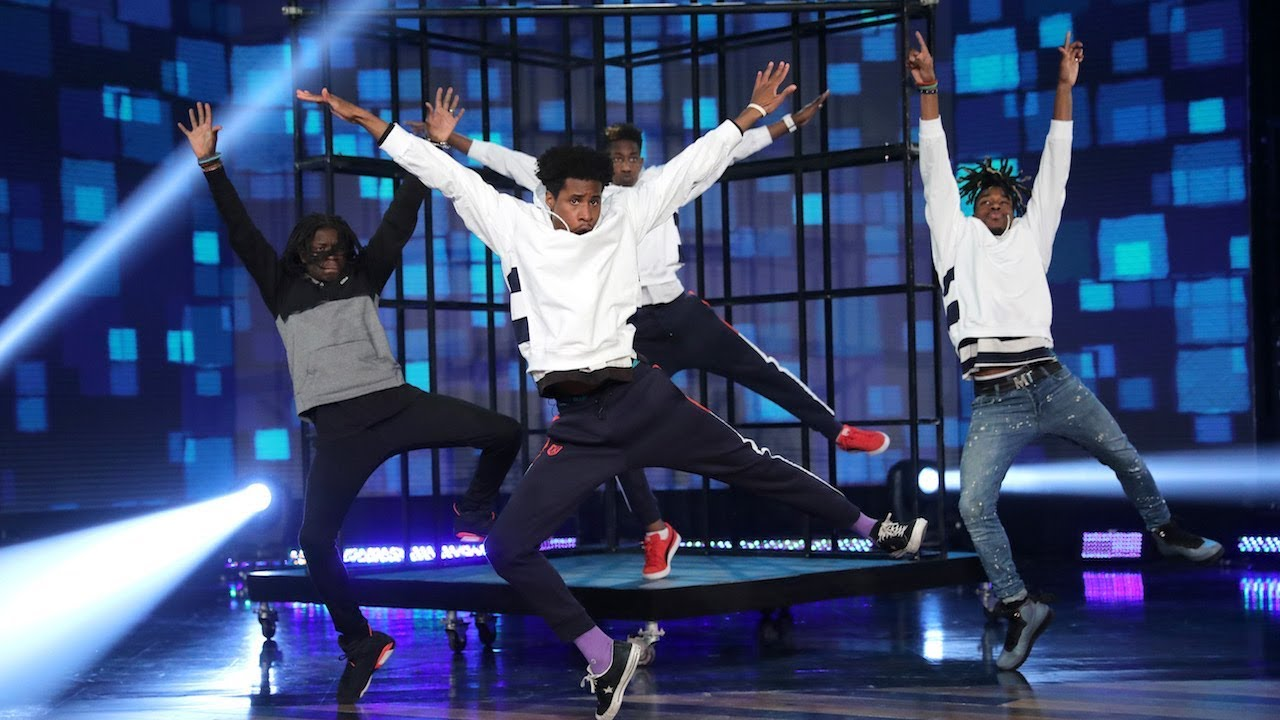 Incredible Salif & Undergroove Dance Crew Hit the Floor!