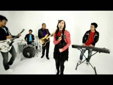 Jessy And The Music Factory - Kiss You