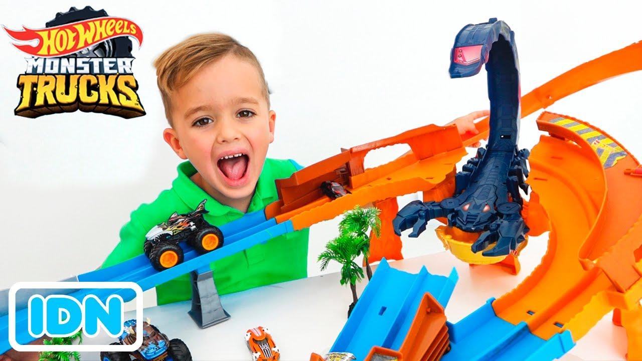 Vlad dan Niki bermain dan membuat Kompetisi Mobil Mainan!