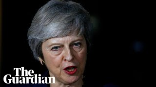 Theresa May addresses MPs after cabinet agree Brexit draft – watch live