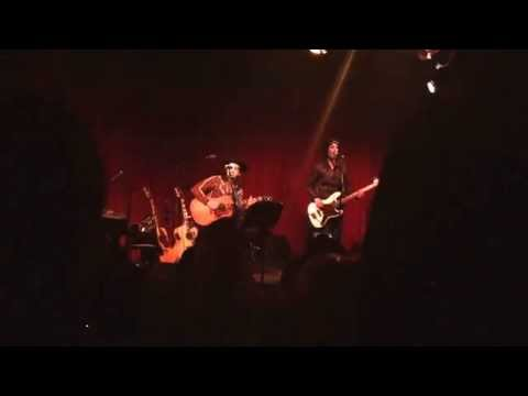 Straitjacket feeling- All American Rejects at Hotel Cafe