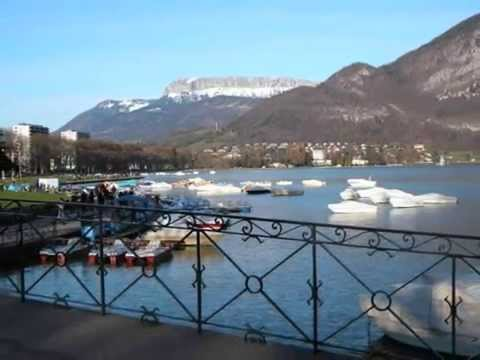 location vacances annecy 74000 lac canaux montagnes tourisme haute savoie youtube. Black Bedroom Furniture Sets. Home Design Ideas