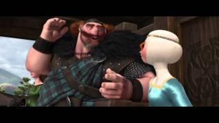 Brave (Indomable) | Escena: 'Mérida con arco y flecha' | Disney · Pixar Oficial