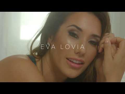 Порноактирса Eva Lovia (Ева Ловия) откровенное онлайн видео