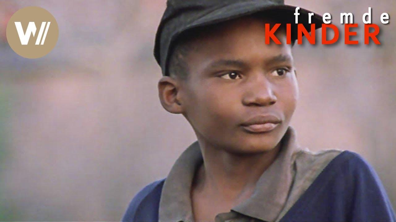 Schlangen Im Feuer Doku Reihe Fremde Kinder Südafrika 3sat