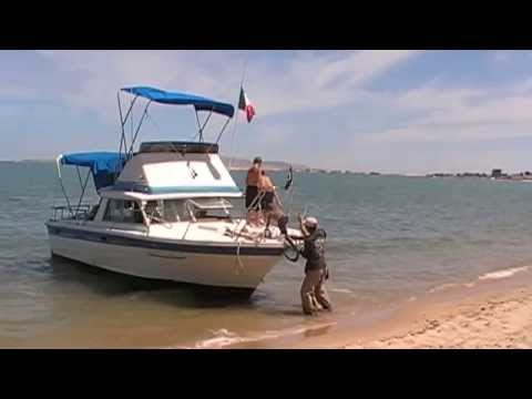 Cabin Cruiser for Sport Fishing Trips in the Sea of Cortez