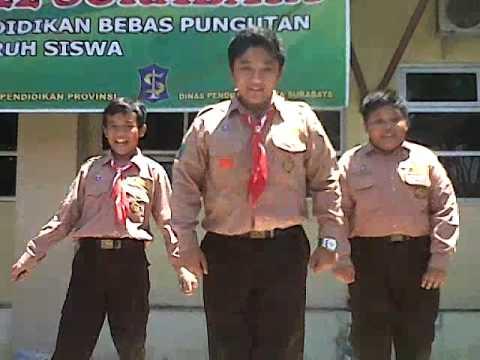 Goyang Caisar SMPN 22 Surabaya by Danang Wijaya