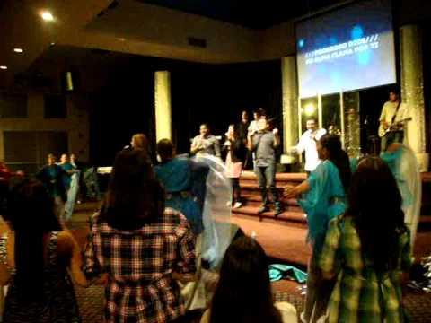 Ekklesia Worship Conference 2011 - Lucrecia Duran - Poderoso Dios