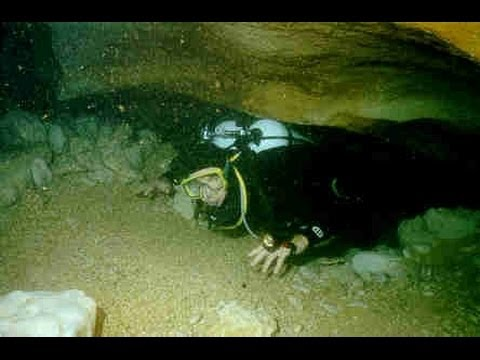 San Marcos Area Recovery Team dives Jacob's Well