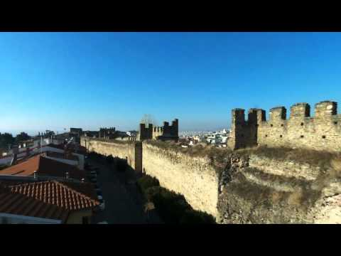 Thessaloniki: Kastra (Κάστρα by drone)
