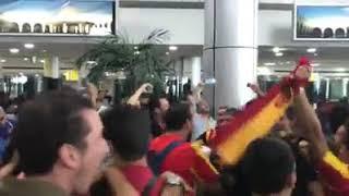 جماهير الترجي تصنع الحدث في مطار القاهرة curvasudontour