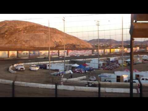 CDCRA Dwarf Heat Race - Perris Auto Speedway 9/10/16