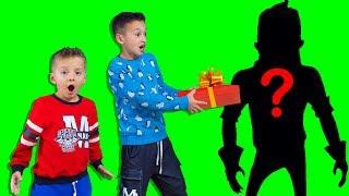 Дети ЗАБЫЛИ Про День Рождения! ЗАБРАЛИ Себе Все ПОДАРКИ? Kids Playing in Toy CARS