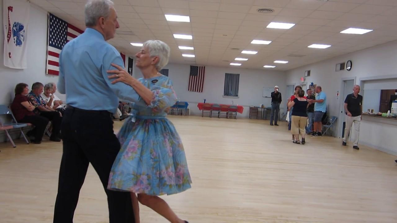 40 Lou Torti Cues Quot Alibis Quot Waltz Round Dance Youtube