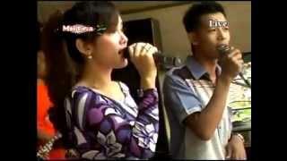 "Savala for land music Maya Sabrina ""Satu Hati"" live in Gemulung 2015"