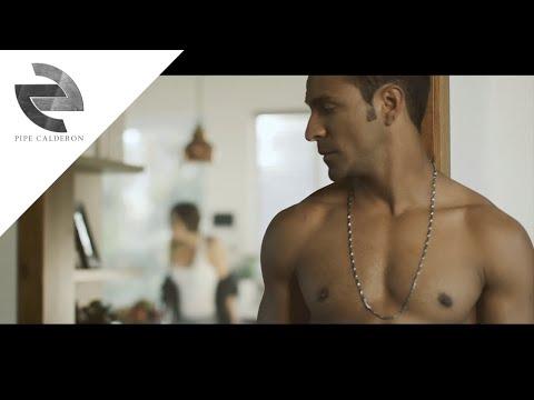Pipe Calderón - Así Es Mejor (Official Video) ®