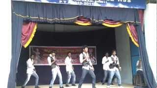 Pray for india song perfoming in medical college school boys