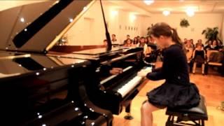 Türk Ifjonti hév Bocskay Dorottya - zongora Thumbnail