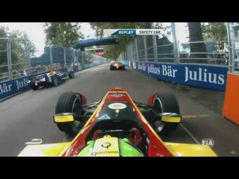 Formula E 2015/2016.London ePrix. Sebastien Buemi and Lucas di Grassi Crash