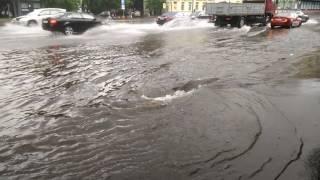 Потоп в центре Москвы 2017 07 14 17-40