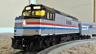 O Scale Lionel Amtrak F40PH Locomotive in Operation