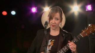 "Suzanne Vega - (2010) Gypsy (acoustic version) [from ""Grooveable Feast""]"