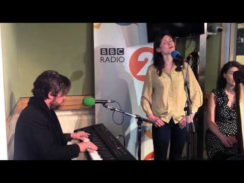 "Sophie Ellis-Bextor - ""Nobody Does It Better"""